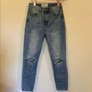 Like new One Teaspoon open knee skinny jeans
